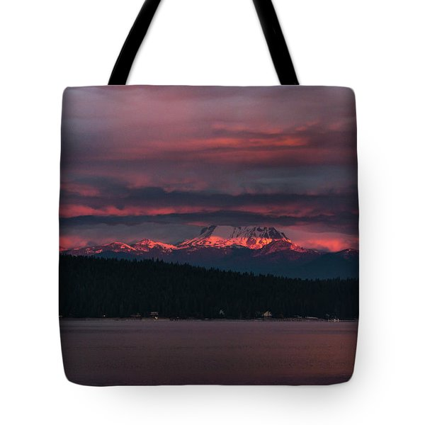 Tote Bag featuring the photograph Peekaboo Sunrise by Jan Davies