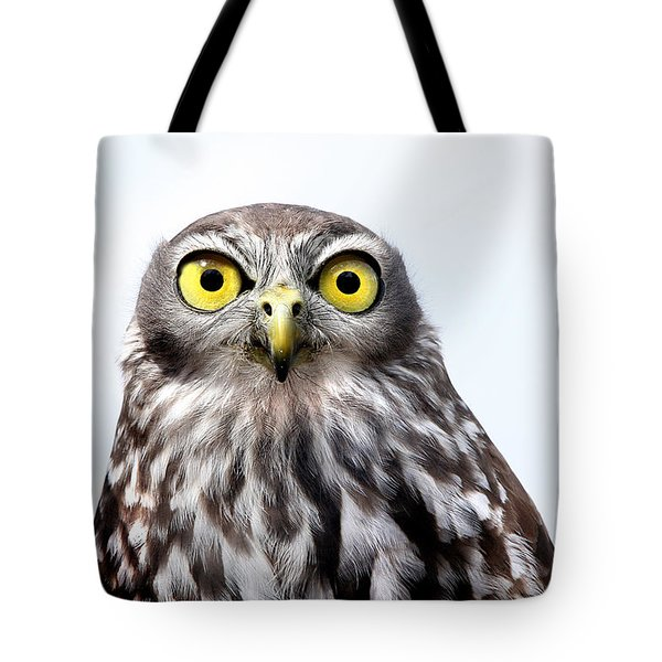 Tote Bag featuring the photograph Peepers by Marion Cullen