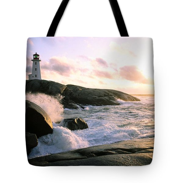 Peggy's Point Lighthouse, Canada, Nova Scotia, Peggy's Cove Tote Bag