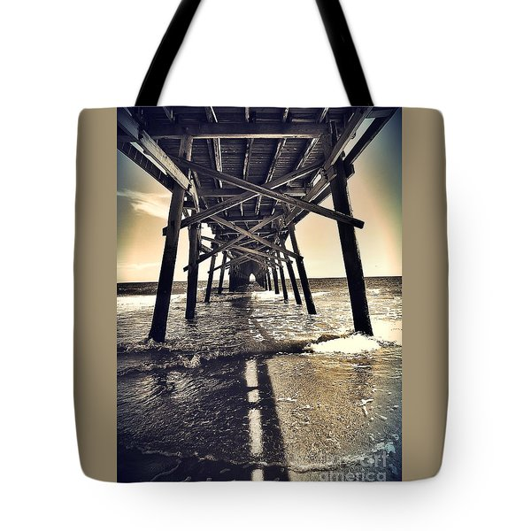 Peir View  Tote Bag
