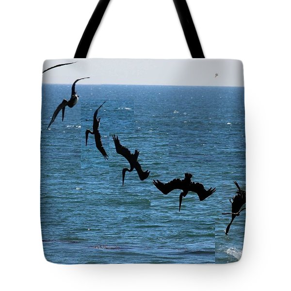 Pelican Dive 7 Photos In 2.5 Seconds Tote Bag
