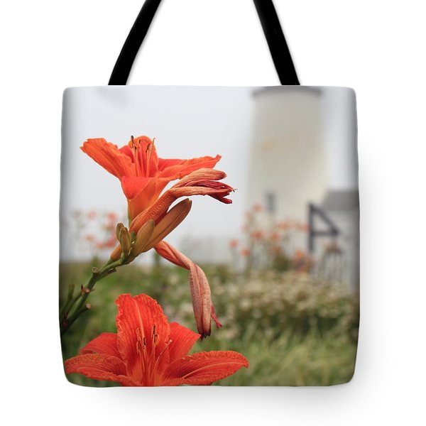 Pemaquid Point Lighthouse And Day Lilies Tote Bag