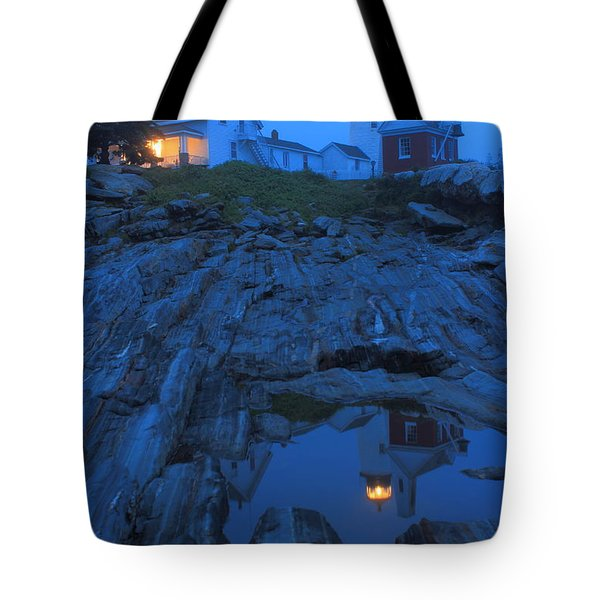 Pemaquid Point Lighthouse Tide Pool At Dusk Tote Bag