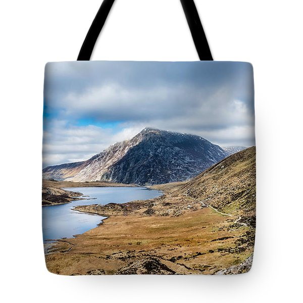 Tote Bag featuring the photograph Pen Yr Ole Wen by Nick Bywater