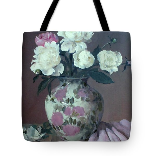One Pink And Four White Peonies,lavender Cloth  Tote Bag