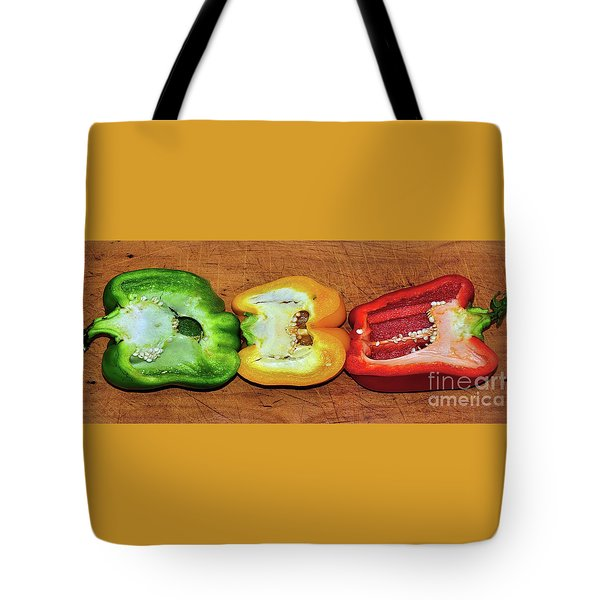 Tote Bag featuring the photograph Peppers In A Row By Kaye Menner by Kaye Menner