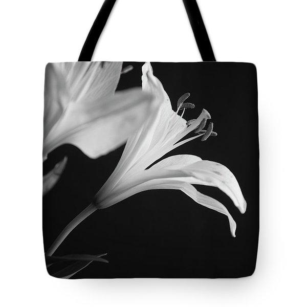 Petals' Light Tote Bag
