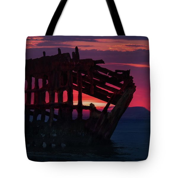 Peter Iredale Shipwreck Tote Bag