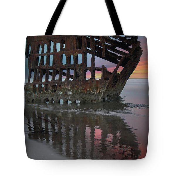 Peter Iredale Shipwreck At Sunrise Tote Bag