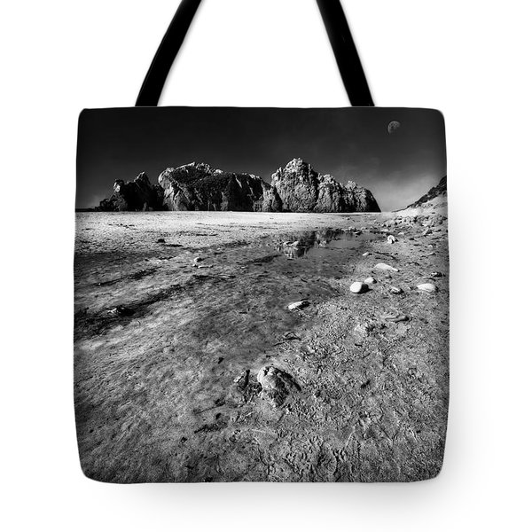Tote Bag featuring the photograph Pheiffer Beach -keyhole Rock #17 Big Sur, Ca by Jennifer Rondinelli Reilly - Fine Art Photography