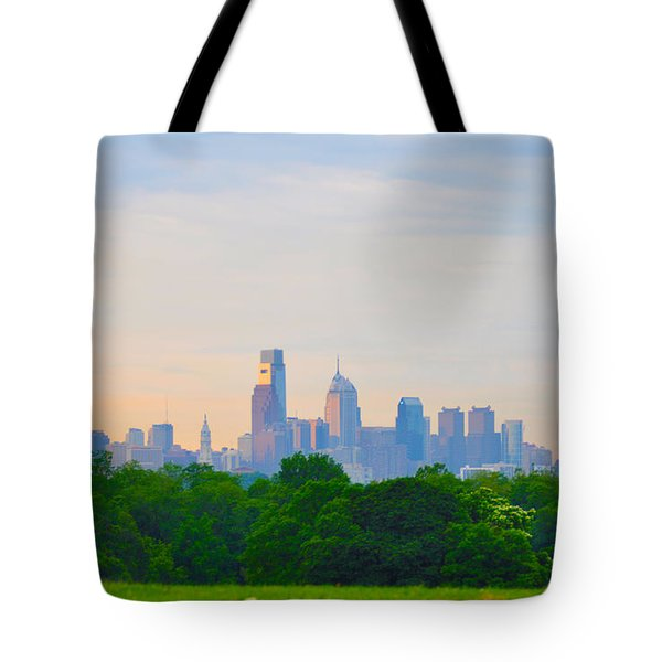 Philadelphia Skyline from West Lawn of Fairmount Park Tote Bag by Bill Cannon