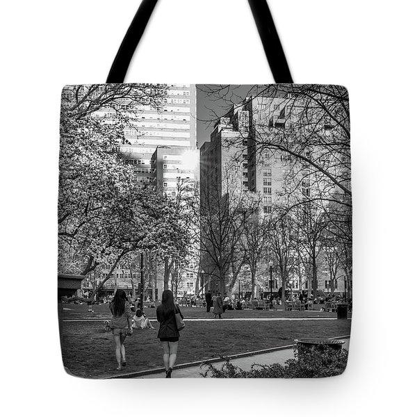 Philadelphia Street Photography - 0902 Tote Bag
