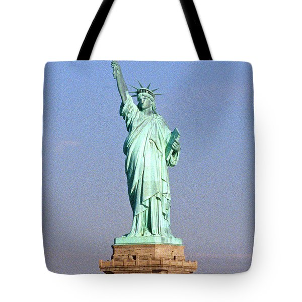 Photo Of The Statue Of Liberty Tote Bag