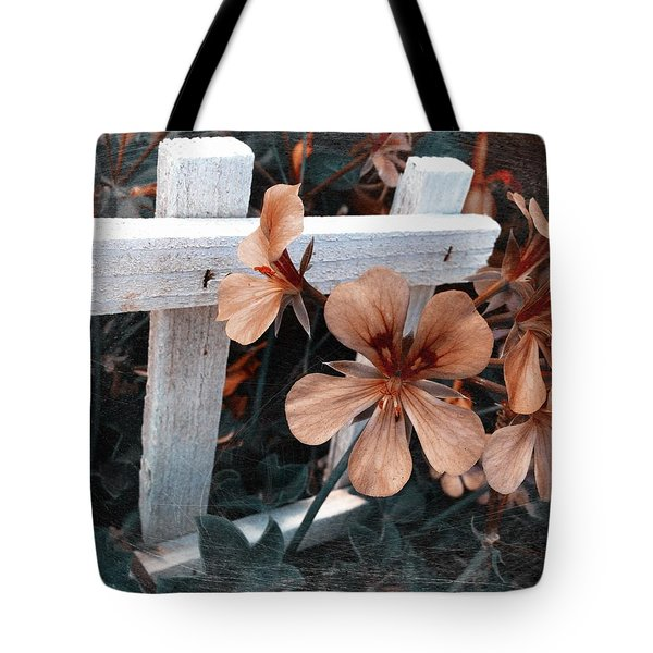 Picket Fence Blooms Tote Bag