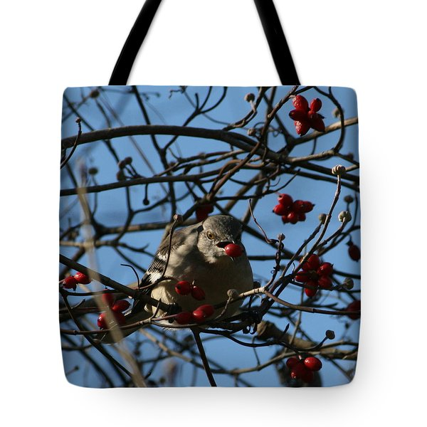 Tote Bag featuring the photograph Picking Berries by Cathy Harper