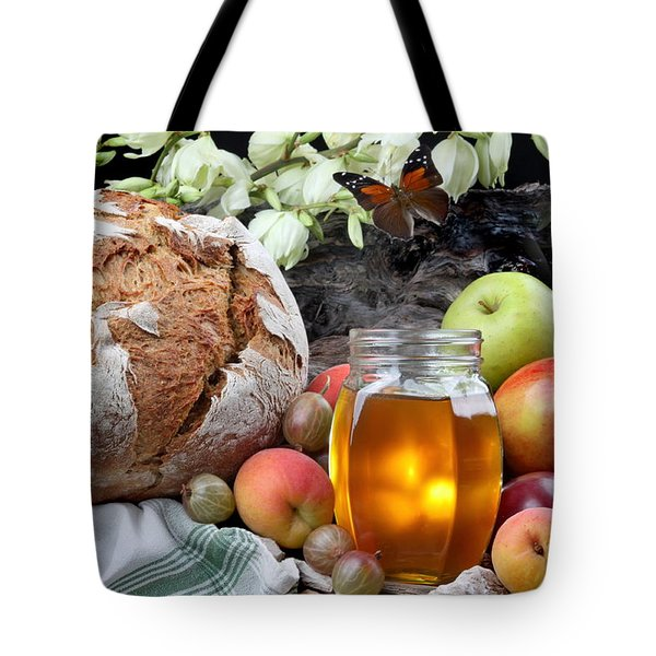 Picnic Tote Bag by Manfred Lutzius