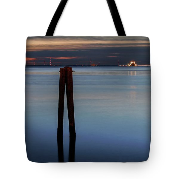 Pier Pylon At Chamberlin Tote Bag