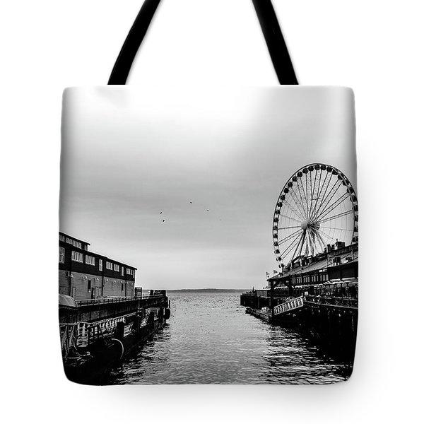 Pierless  Tote Bag