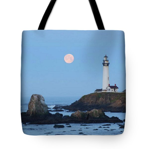 Pigeon Point At Moonset Tote Bag