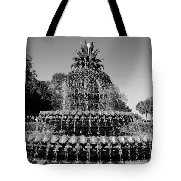 Pineapple Fountain Charleston Sc Black And White Tote Bag