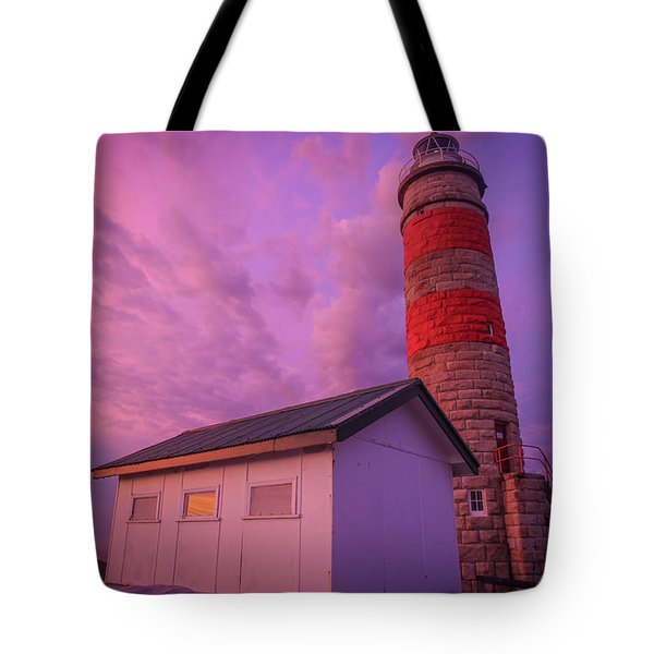 Pink Skies At Cape Moreton Lighthouse Tote Bag