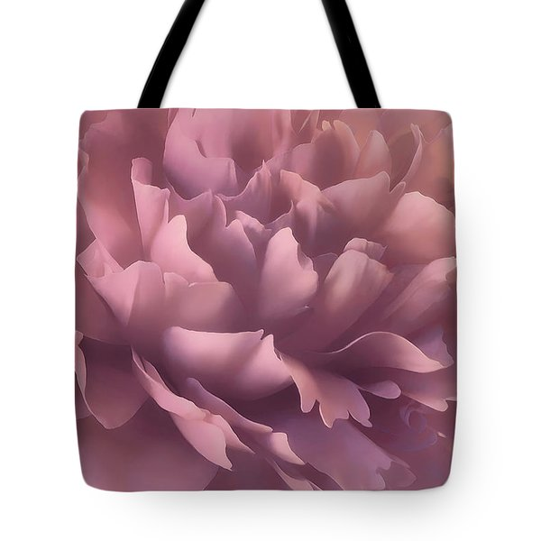 Tote Bag featuring the photograph Pink Splash by Darlene Kwiatkowski