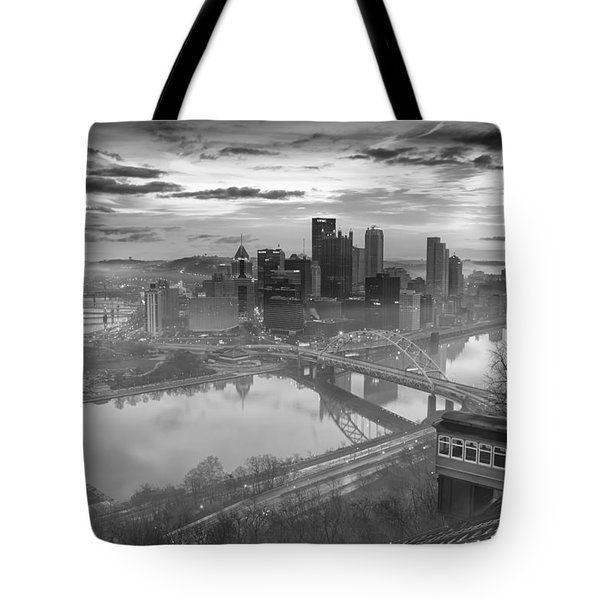 Pittsburgh Architecture 10 Bw Tote Bag by Emmanuel Panagiotakis