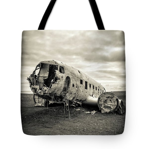 Tote Bag featuring the photograph Plane Crash Iceland by Edward Fielding