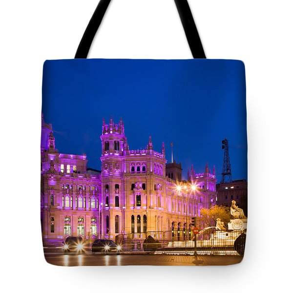 Plaza De Cibeles In Madrid Tote Bag
