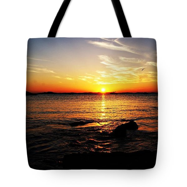 Plum Cove Beach Sunset G Tote Bag by Joe Faherty