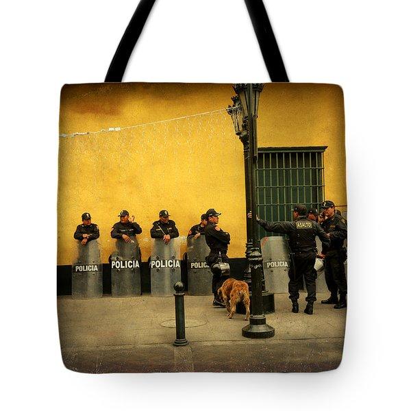 Policia In Lima Peru Tote Bag