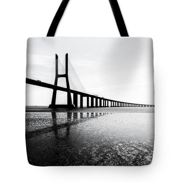 Ponte Vasco Da Gama Tote Bag