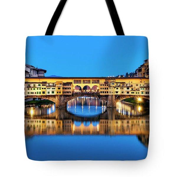 Tote Bag featuring the photograph Ponte Vecchio At Night by Fabrizio Troiani