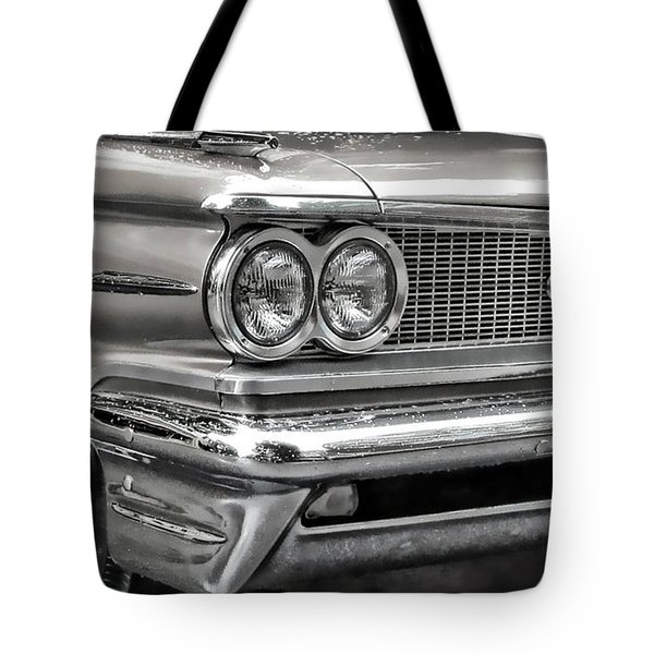 Tote Bag featuring the photograph Pontiac Corner by Victor Montgomery