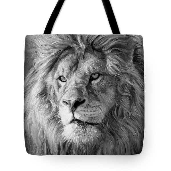 Portrait Of A Lion - Black And White Tote Bag
