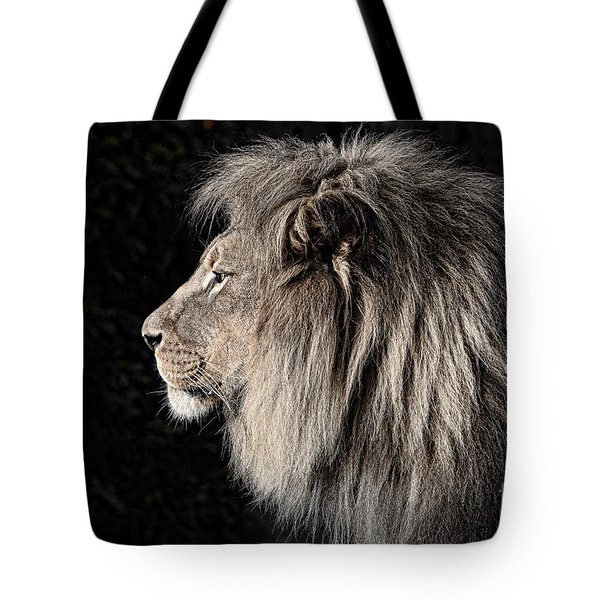 Portrait Of The King Of The Jungle II Tote Bag