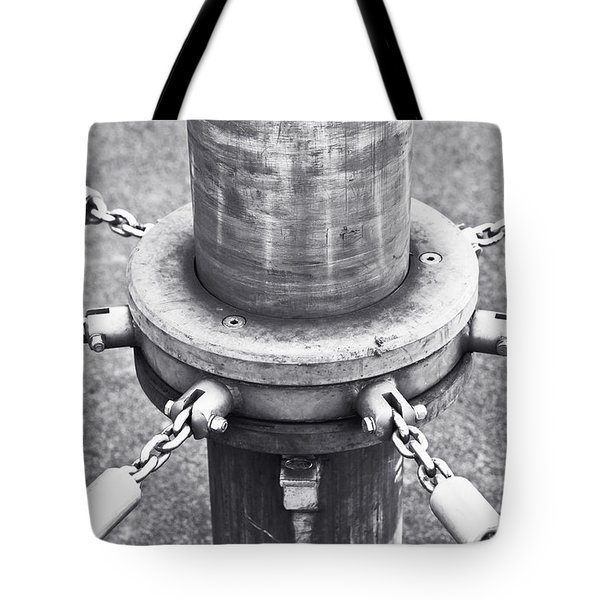Post And Chains Tote Bag