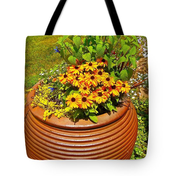 Tote Bag featuring the photograph Pot O' Gold by Randy Rosenberger