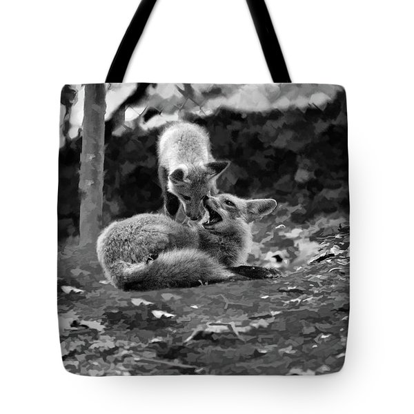 Tote Bag featuring the photograph Pounce by Dan Friend