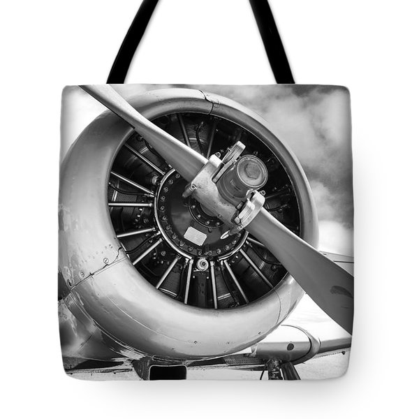 Pratt And Whitney R1340 Wasp Radial Engine Tote Bag by Chris Smith
