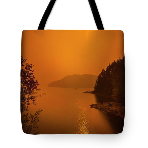 Tote Bag featuring the photograph Preclipse 8.17 by Dan McGeorge