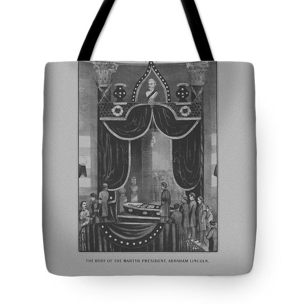 President Abraham Lincoln Lying In State Tote Bag