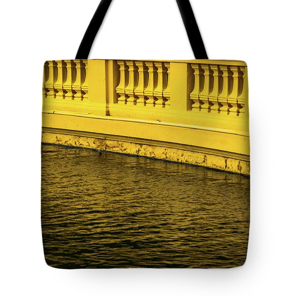 Presidential Palace Tote Bag