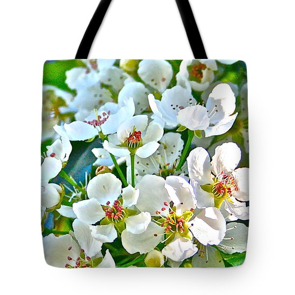 Pretty In White Tote Bag by Gwyn Newcombe