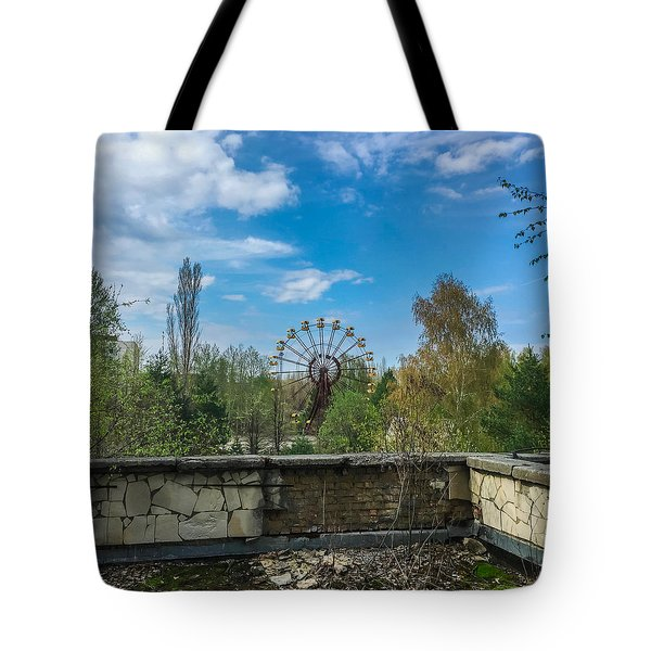 Tote Bag featuring the photograph Pripyat Ferris Wheel In Chernobyl by Chris Feichtner