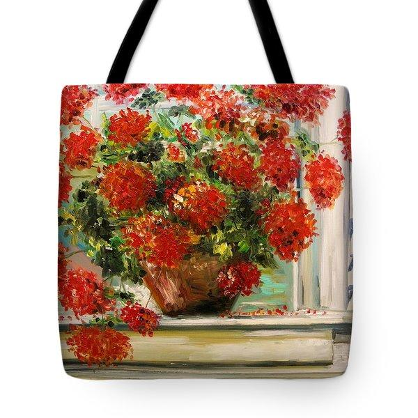 Prize Geranium Tote Bag