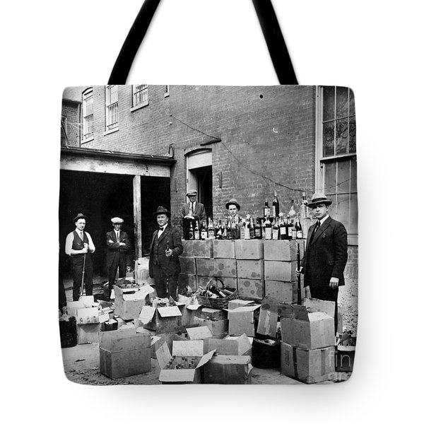 Tote Bag featuring the photograph Prohibition, 1922 by Granger