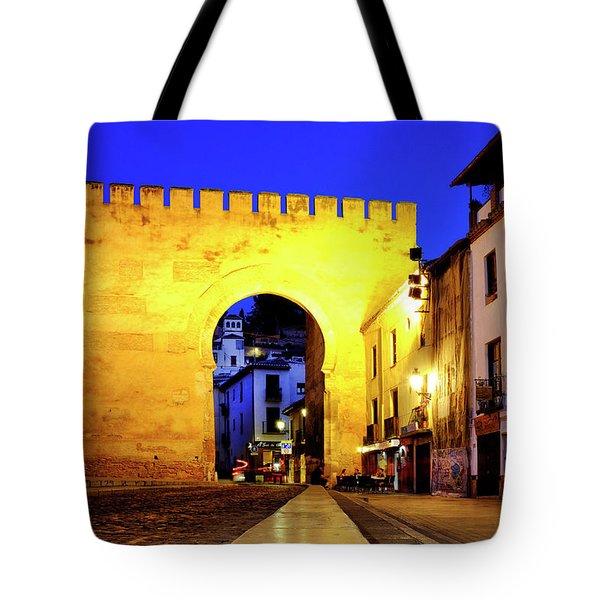 Tote Bag featuring the photograph Puerta De Elvira by Fabrizio Troiani