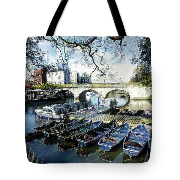 Tote Bag featuring the digital art Punting On The Thames by Pennie McCracken