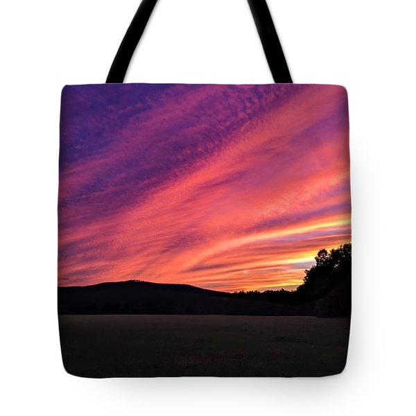 Tote Bag featuring the photograph Purple Sky by Sven Kielhorn